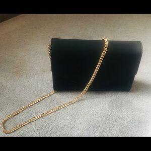 Handbags - Black cross body purse!